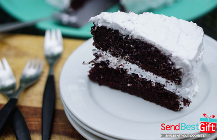 Send Cakes to Ahmedabad