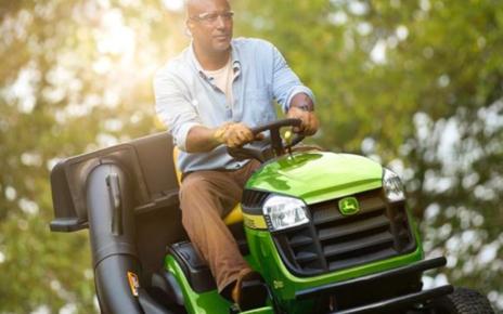 Choosing the Right Riding Lawn Mower