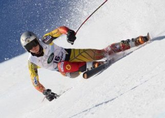 What Provinces of Canada are Popular for Downhill Skiing?