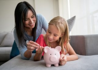 How Getting A Loan Can Help Single Parent Deal Financial Barriers